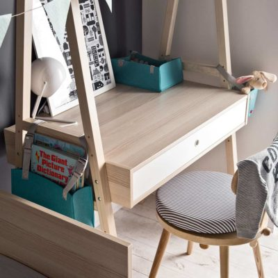 Spot Compactum Desk Conversion