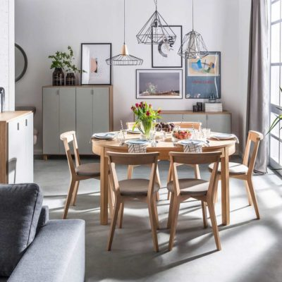 Simple Round Extendable Table - Oak & 4You Closer Swivel Chair
