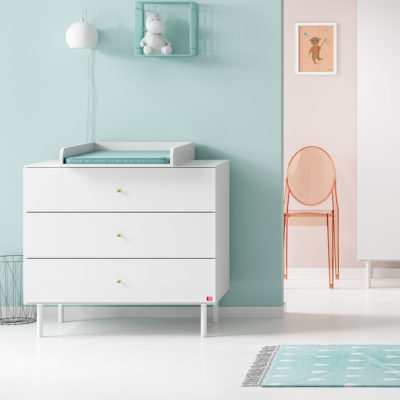 Cute Compactum with Changer - White